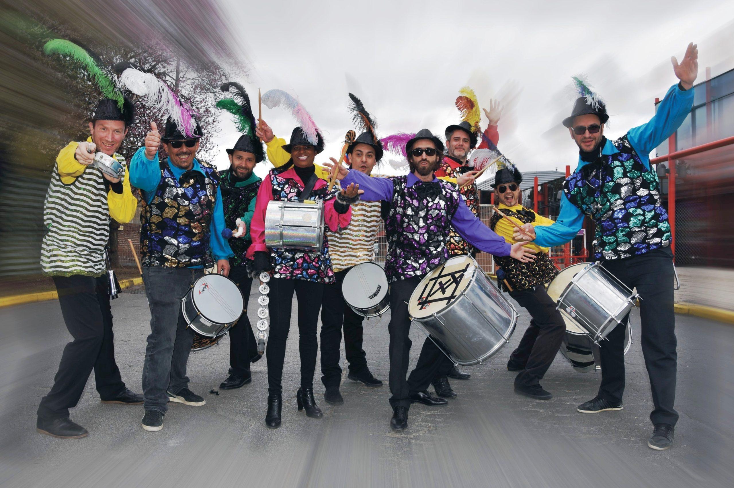 musiciens percussionnistes batucada pour grand carnaval