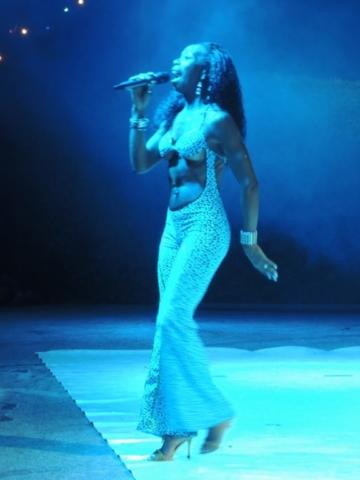 chanteuse bresilienne pour grand evenement